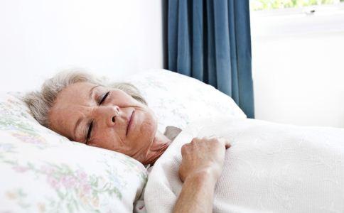 6个原因会导致老人嗜睡