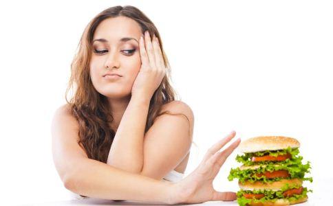 高脂血症患者应少吃什么 高血脂患者的饮食禁忌有哪些 高血脂该吃什么