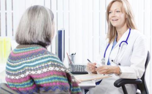 卵巢癌晚期死前有哪些征兆 卵巢癌患者要如何护理 卵巢癌怎么检查出来