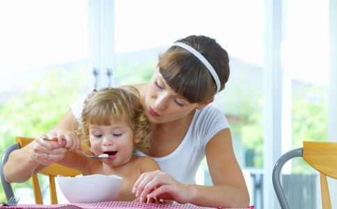 母亲如何帮助孩子调理脾胃虚弱