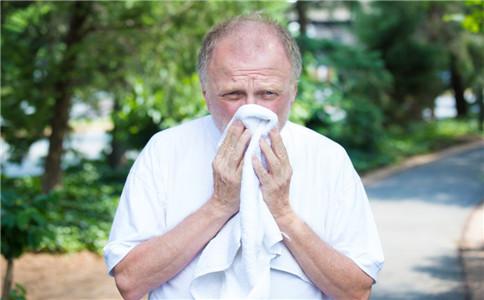 老人春季感冒预防 如何治疗老人感冒 老人春季感冒食疗方