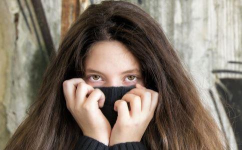 黑眼圈怎么去除 消除黑眼圈的方法 有哪些方法能消除黑眼圈