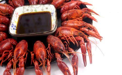 英国数十万龙虾被冲上岸 如何挑选龙虾 龙虾的营养有哪些