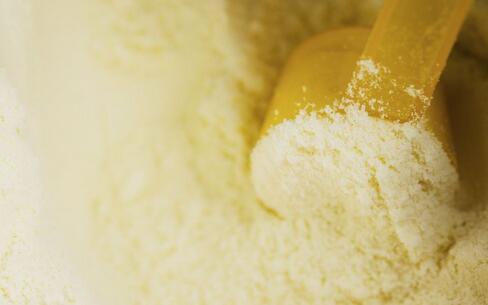 日本召回问题奶粉 这么挑选最正确