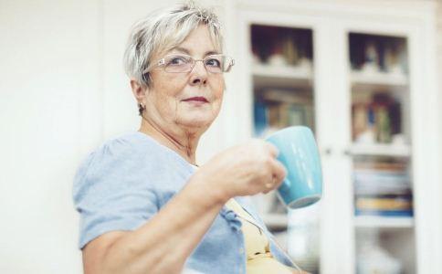 老人便秘如何治疗 老人便秘怎么治疗 老人便秘的治疗方法