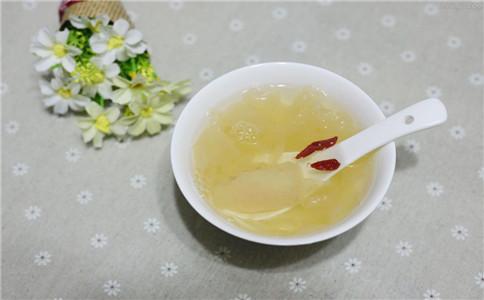 喝银耳汤好不好 美容银耳汤怎么做 银耳汤隔夜能喝吗