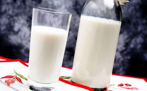 女人白带多是疾病吗 白带异常的饮食要注意什么 女人白带异常该怎么饮食