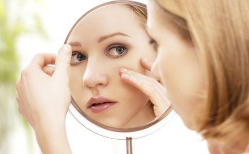 该怎么判断肌肤是不是衰老 怎么样可以防衰老 女人该怎么防衰老