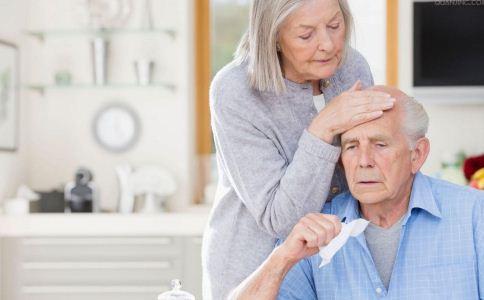 为什么老人更加容易中风呢 老人该怎么预防中风 该怎么预防脑中风