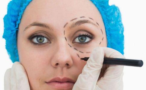 双眼皮怎么割效果自然 割双眼皮要注意什么 割双眼皮的方法是什么