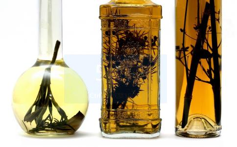 药酒制作常见3种方法 春季可以喝什么药酒