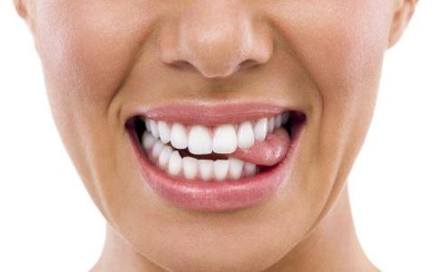 活性炭美白牙齿效果怎么样 哪些方法能美白牙齿 美白牙齿的方法