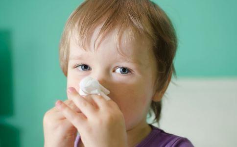 小儿鼻炎是怎么引起的 小儿鼻炎怎么办 小儿鼻炎要怎么缓解