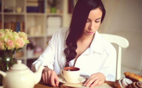 女人乳房胀痛怎么办 乳房胀痛怎么办 怎么保养乳房