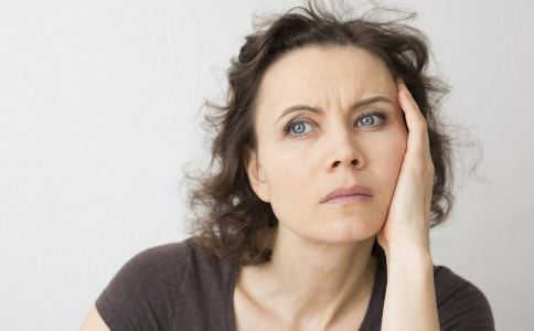 女人更年期该怎么保健 女人更年期吃什么好 更年期的饮食有哪些