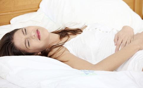女人痛经有哪些危害 痛经该怎么缓解 怎么调理痛经