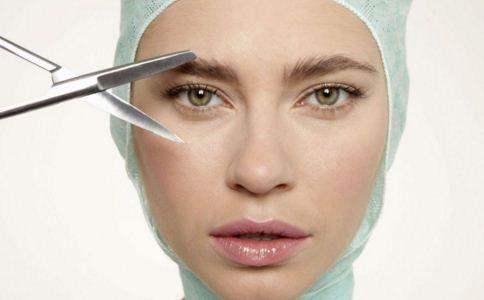 做开内眼角手术如何护理 开内眼角后吃什么水果 开内眼角后怎么护理