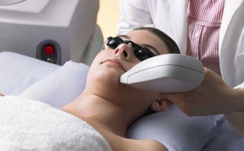 激光祛斑安全吗 激光祛斑安全性如何 激光祛斑怎么样