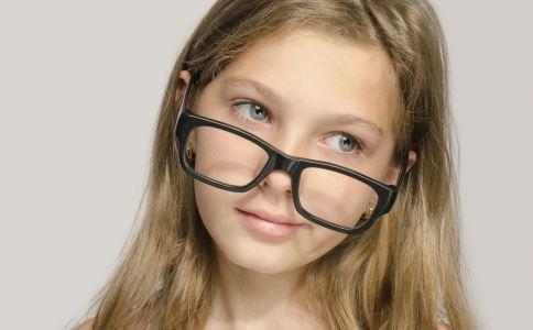眼睛激光手术前要做什么检查 眼睛激光手术前的检查有哪些 如何检查近视眼