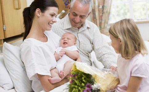 高龄产妇生脑瘫二胎 高龄产妇面临的风险 高龄产妇有何风险