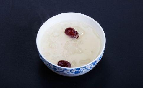 银耳红枣汤能过夜吗 银耳红枣汤可以放过夜吗 银耳红枣汤放过夜能吃吗
