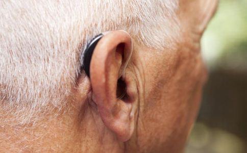 老人如何保护耳朵 老人听力下降怎么办 吃什么可以保护耳朵