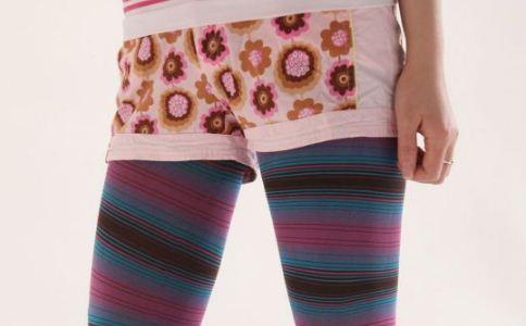 女人经常穿打底裤会伤害身体健康吗 常穿打底裤的危害有哪些 女人穿打底裤要注意什么
