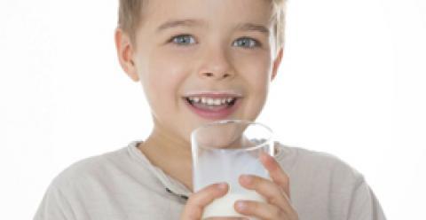 宝宝吃什么补钙 喝骨头汤能补钙吗 儿童吃什么补钙