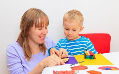 开发儿童智力的游戏 如何开发儿童智力 简单的手指游戏