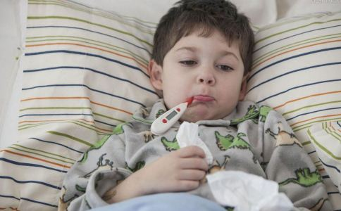 春季小孩发烧 叫你6个退烧方法