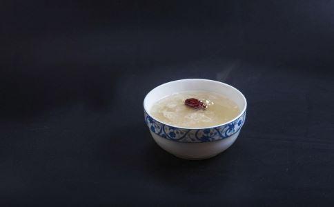 红枣银耳汤怎么做粘稠 牢记7个烹饪技巧