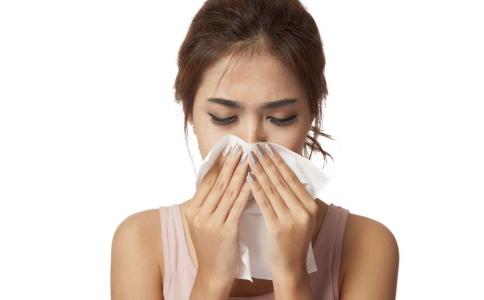 感冒会引起心肌炎吗 感冒常见哪些症状 风热感冒和风寒感冒的区别