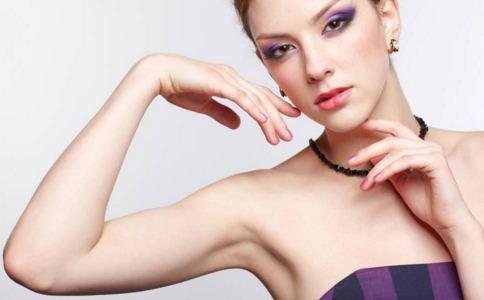 女性手臂如何脱毛 建议选择激光脱毛