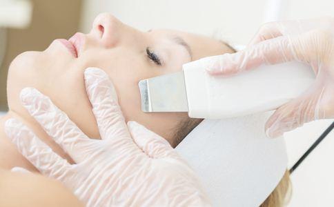 毛孔粗大不要急 试试这些护理方法
