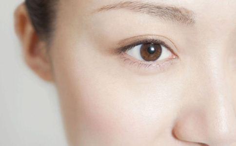 毛孔粗大怎么办 毛孔粗大的护理方法 缩毛孔的方法