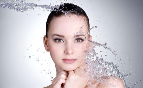 女人什么年纪开始衰老 影响皮肤衰老的因素 如何抗衰老