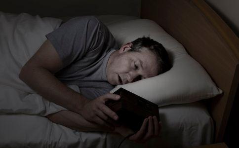小心熬夜會給身體帶來的6個危害