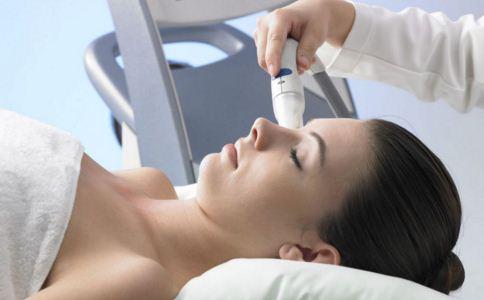 推荐三大嫩肤技术 打造完美肌肤