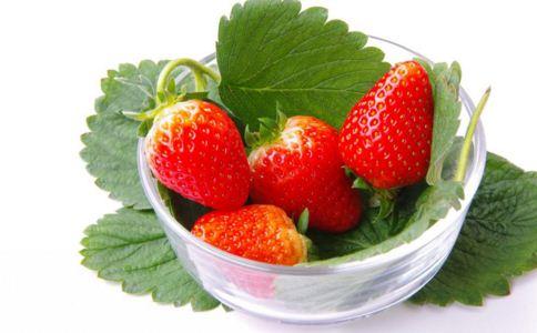 吃草莓有什么益处 滋养养血防便秘