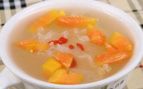 产后催奶食谱 产后喝什么汤下奶 木瓜花生大枣汤的做法