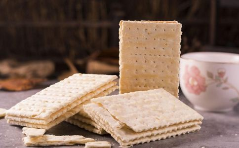吃苏打饼干对胃好吗 吃苏打饼干养胃吗 苏打饼干怎么吃好