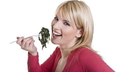 如何预防口臭 预防口臭的食物有哪些 预防口臭的饮食原则