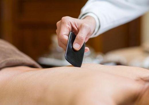 高血压的刮痧疗法 怎么刮痧降血压 降血压方法