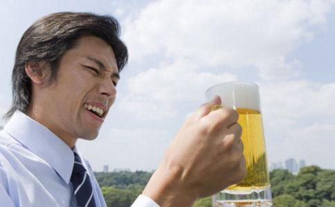 患上白癜风的人可以喝啤酒吗 白癜风可以吃什么 白癜风的饮食如何安排