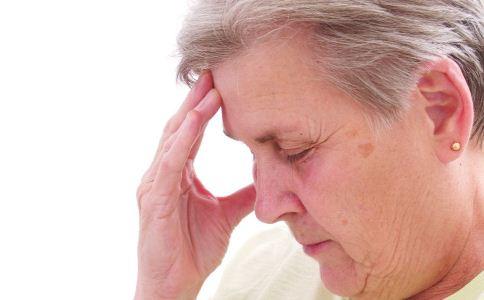 低血压对身体的危害有哪些 低血压患者平时吃什么好 低血压饮食注意什么