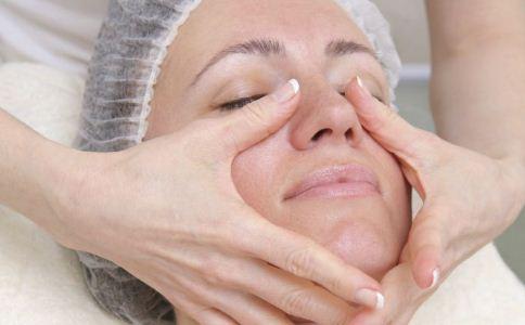 导致女人皮肤变差的原因有哪些 女人该怎么保养皮肤 女人皮肤该怎么保养