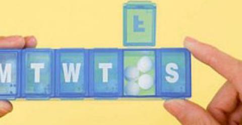 避孕药有什么作用 女人为什么会服用避孕药 女人服用避孕药有哪些危害