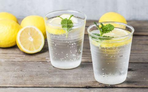 经常喝柠檬水好吗 能不能提高免疫力
