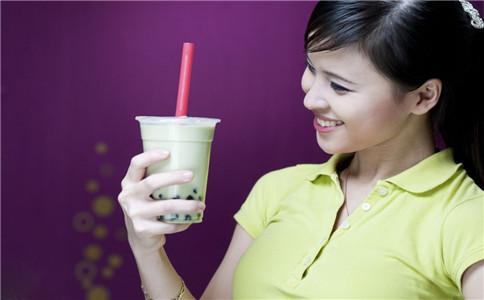 喝奶茶有什么健康问题 喝奶茶的坏处 怎么自制奶茶