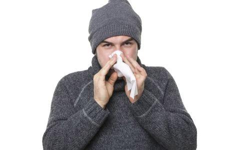 盐水洗鼻能治疗鼻炎吗 怎样用盐水洗鼻 盐水洗鼻有哪些好处